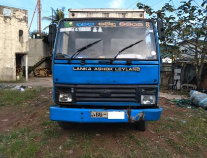 Ashok Leland lorry(CARGO) for sale at Wellampitiya